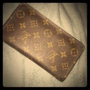 Vintage Louis viutton wallet